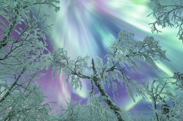 Spectacular aurora borealis...